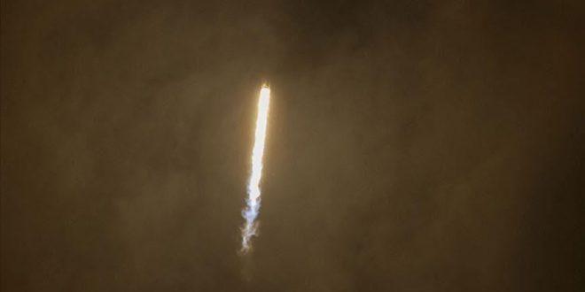 قذيفة صاروخية /صحيفة المنتصف