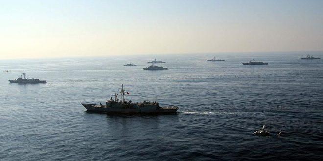 مناورات بحرية عسكرية/المنتصف