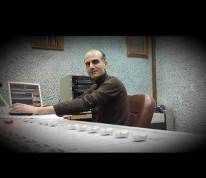 الموسيقي الاردني غاندي حداد -المنتصف