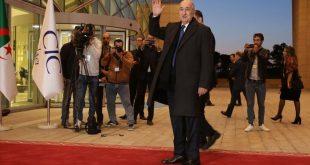 تبون رئيس الجزائر - المنتصف