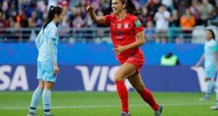 كرة قدم سيدات -المنتصف