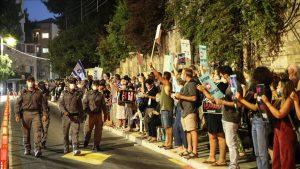 تظاهرات اسرائيل -المنتصف