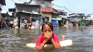 فيضانات اندونيسيا - المنتصف