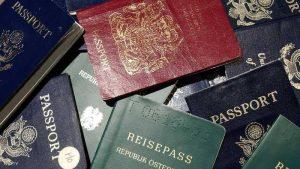 جوازات سفر -المنتصف