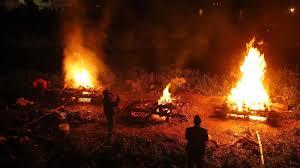 حرق الجثث -المنتصف