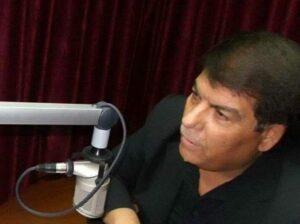 الإعلامي عصام العمري -المنتصف