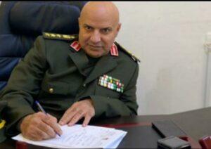 العميد حسين الكسواني -المنتصف