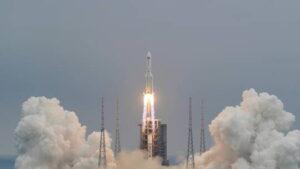 الصاروخ الصيني - المنتصف