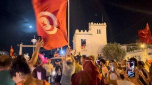 تونس إحتفالات + المنتصف